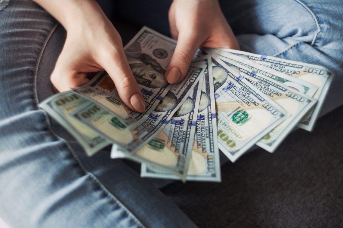 travel nurse pay scale